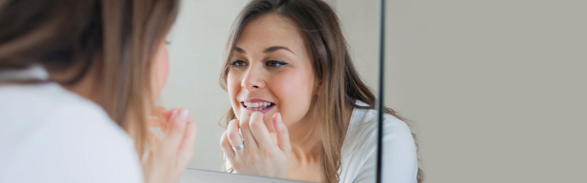 Dental Problems that Can Be Addressed with Full Mouth Reconstruction